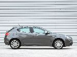photo 5 Car Alfa Romeo Giulietta Hatchback (940 2010 2017)