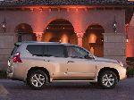 photo 9 Car Lexus GX Offroad (2 generation [restyling] 2013 2017)