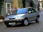foto 10 Bil Ford Escort hatchback